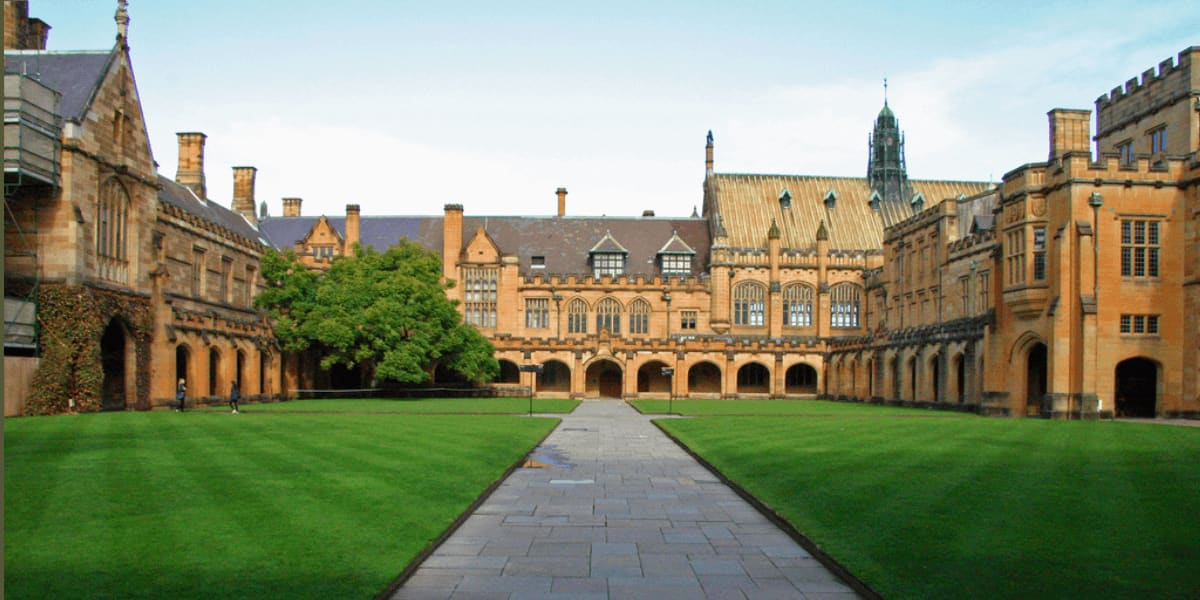 how to get to university of sydney